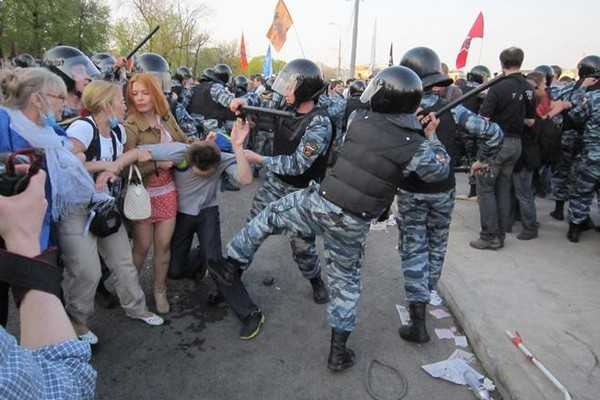 La brutalité policière en Russie