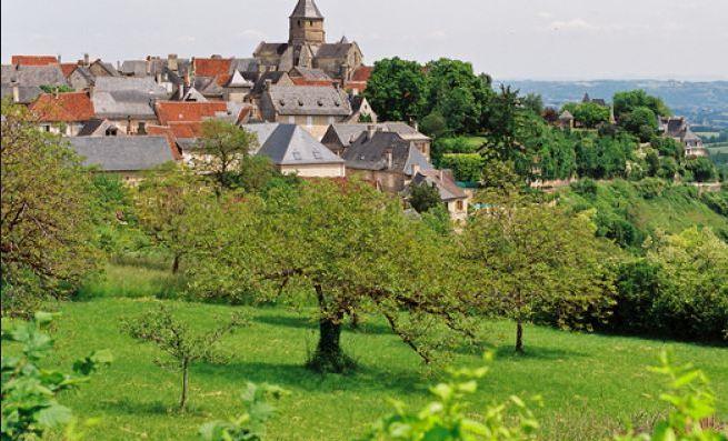 Saint-Robert Beaux Villages en France 2016-2017