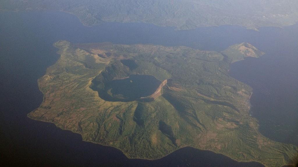 Les volcans les plus actifs du monde: Volcan Taal