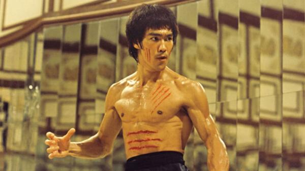 Célébrités qui sont mortes trop jeunes _ Bruce Lee